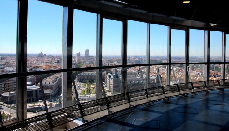 Faro de Moncloa -Madrid desde las Alturas - Érase un hotel